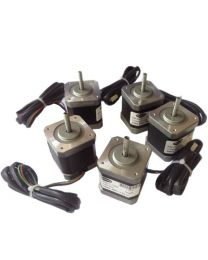 SET OF 5 NOS 3 D PRINTER STEPPER MOTORS 4.4 kg cm BIPOLAR STEPPER MOTOR (1.7 Amp Motor)